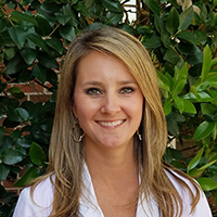 Amber M. Tomlinson - Albany, Georgia internists